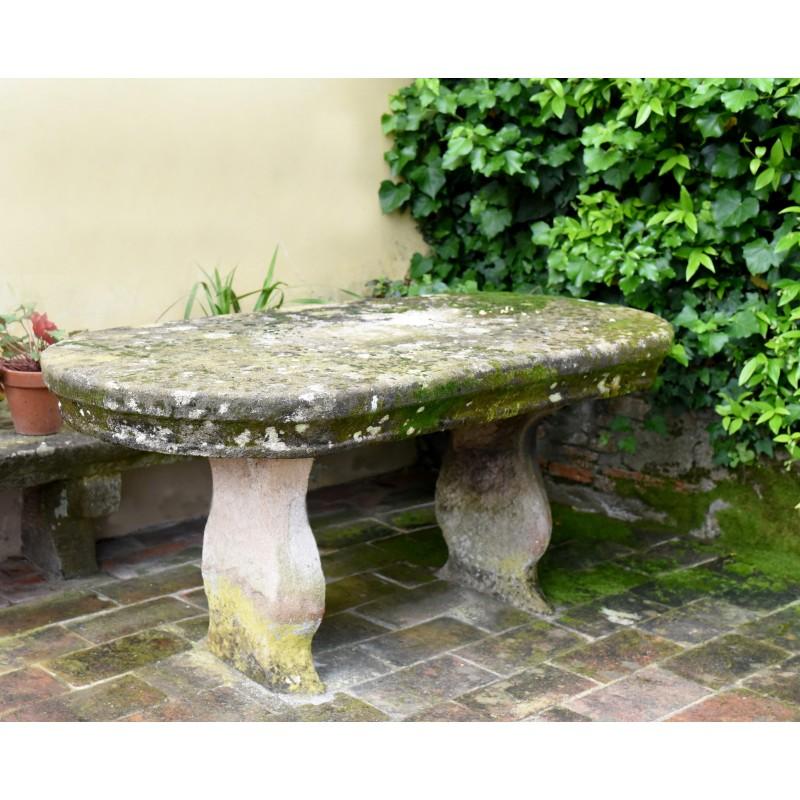 Tavoli Di Pietra Da Giardino.Piccolo Tavolo Da Giardino Ovale In Pietra Di Nostra Produzione