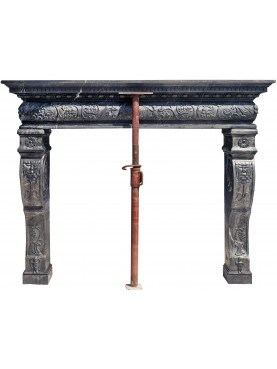 Tuscan fireplace in 16th century style - black marble