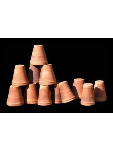 Turned vases for greenhouses