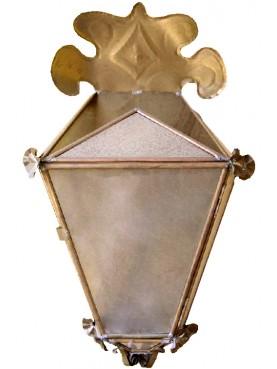 Lanterna Lucchese in ottone di Villa Buonvisi