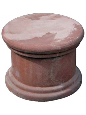 Terracotta small cube for vases and sculptures