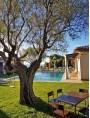 Tavolo e sedie per bambini a bordo piscina a St Tropez