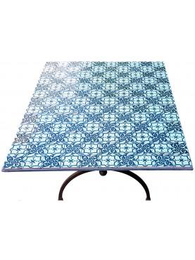 Piccolo tavolo con piastrelle di nostra produzione 130 piastrelle