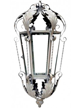 Lanterna in ferro d'importazione