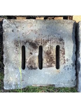 61x58cm Caditoie in pietra serena antiche ad alto spessore