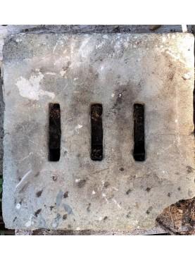 60x58cm Caditoie in pietra serena antiche ad alto spessore