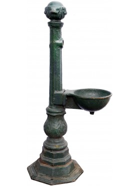 Original castiron ancient original Fountain