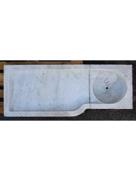 Ancient Ligurian white Carrara Marble sink
