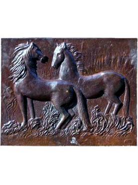 Lastra in ghisa per camino cavalli