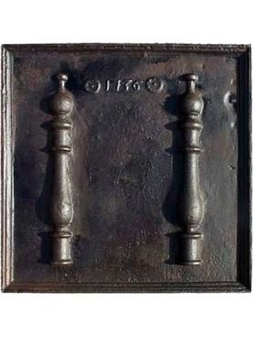 Antica lastra in ghisa per camino impero datata 1736
