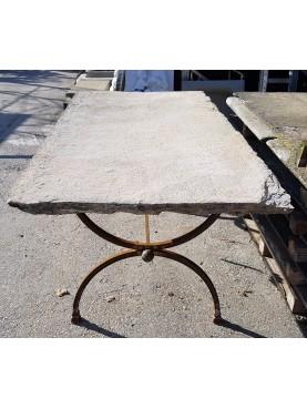 Piani antichi in pietra per tavoli da giardino