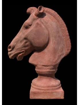 Horse's head of chariot of Selene