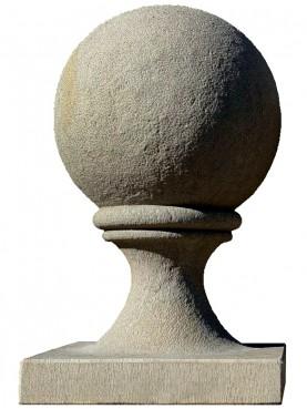 Sfera Ø38 cm con base 40x40 cm in arenaria grigia - pietra serena