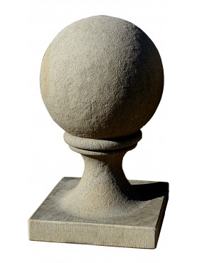 Ball Ø 35 cm with base 37x37 cm sandstone