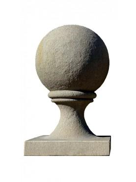Sfera Ø 30 cm con base 32X32 cm in arenaria grigia - pietra serena