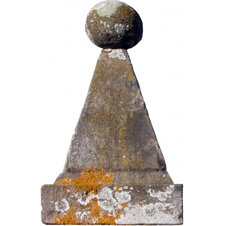 Le Piramidi di San Leonardo in Treponzio - pietra arenaria grigia