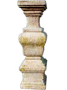 Balaustrino in terracotta a sezione quadra