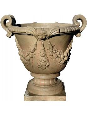 Concrete sandstone vase