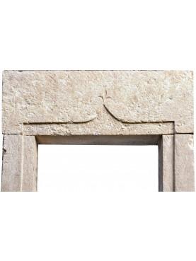 Finestra in pietra