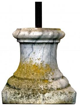 Supporto in marmo tornito per piccole sculture - basetta