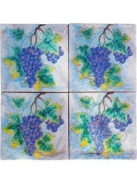 Pannello di ns produzione con l'uva