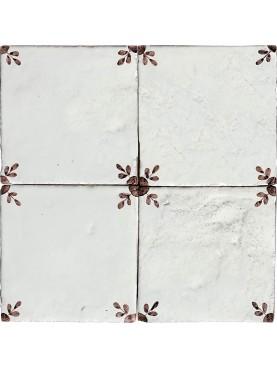 Piastrella in maiolica manganese di nostra produzione 15 x 15 cm