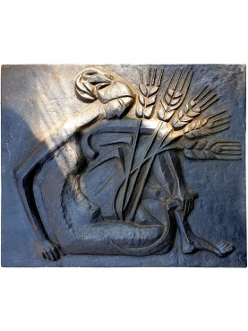 Fireplace slab from the Deco period - woman with wheat