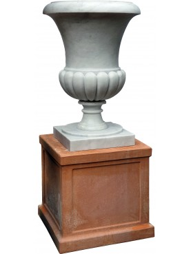 Great Medici's White Carrara marble Vase our production with terracotta base