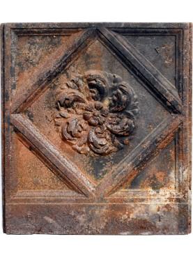 Cast iron Neapolitan Fireback