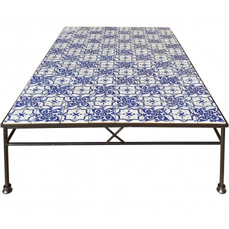 Piccolo tavolo con piastrelle di nostra produzione 104 piastrelle