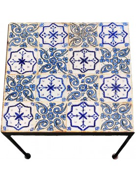 Little morocco tiles table