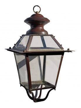 La nostra lanterna in una dimora antica Lucchese