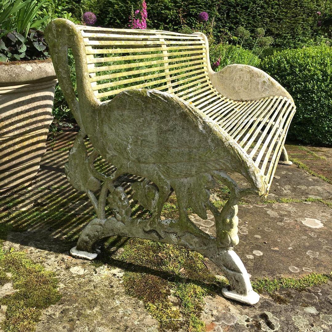 Original Cast Iron Garden Bench And Wood Recuperando