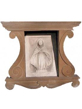 Niche in stone for Madonnas