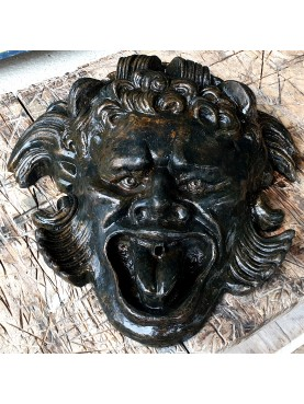 Altoviti bronze mask fountain