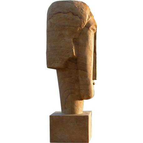 Testa in pietra, copia fedele di un originale di Amedeo Modigliani