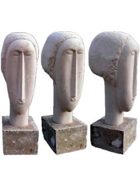Copia di una testa in pietra di Amedeo Modigliani