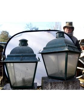 Coppia di lanterne antiche