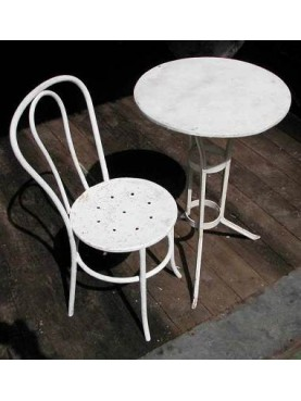 Chairs with one little table