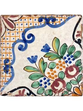 Piastrella di maiolica antica - mosaico pavimentale