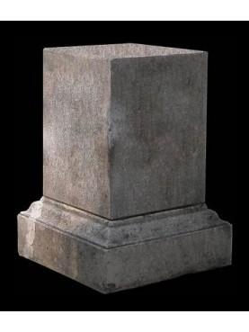 Stone base H.62cms/45x45cms