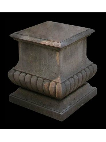 Base in pietra H.70cm/50x50cm