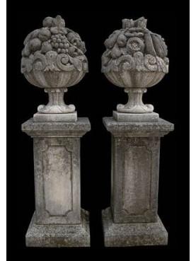 Coppia di cesti di frutta ornamentali