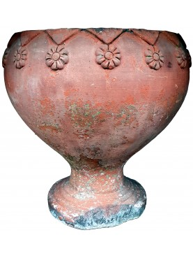 Ancient chalice vase of the Casentini & Piegaia furnace Lucca