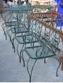 Sedie e tavoli forniti a Buccellati Milano
