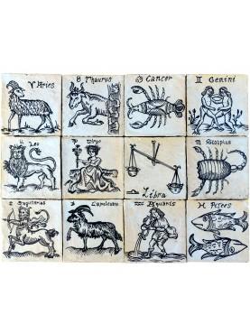 Segni zodiacali antichi pannello di maiolica 60 X 45 cm bianco e manganese