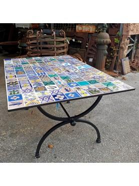 Table 150 moroccan tiles