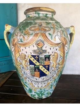 Nineteenth-century Ginori-Conti majolica jar
