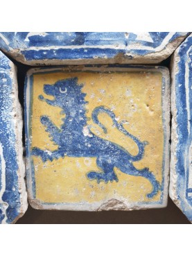 Copy of Neapolitan tile with a lion from the 15th century