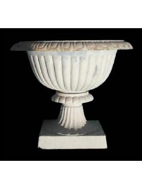 Iron vase big